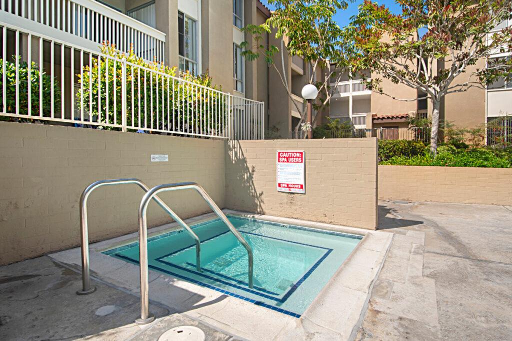 Plaza condos hot tub